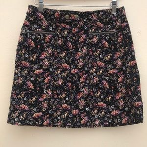 Mossimo Supply Co Skirt. Size 2 corduroy floral